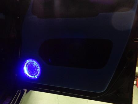 N-BOX 岐阜県 スピーカーグリル内LED 青
