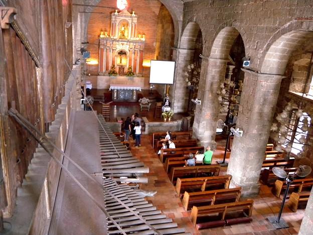バンブー オルガンのある教会