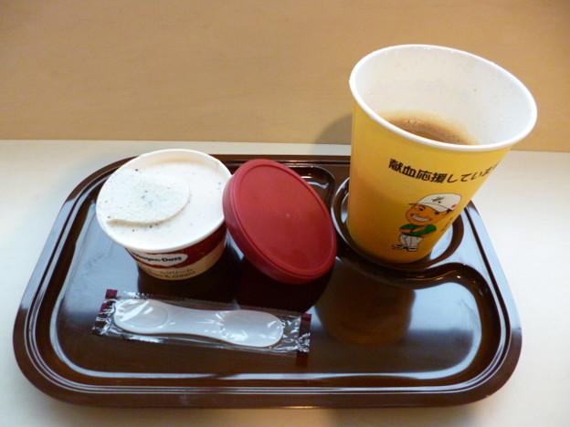 献血ルームでお茶