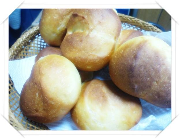 ノンオイルの丸パン
