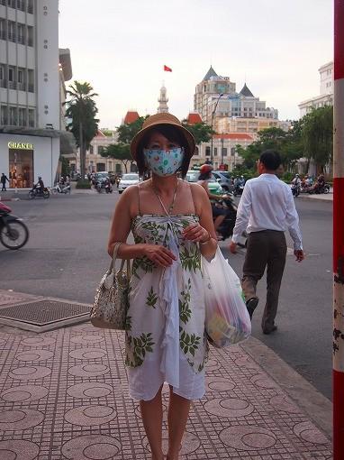 街中ではマスク