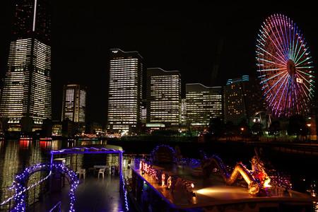 みなと未来のビルがライトアップ3!2012