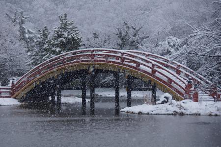 雪の反り橋!2013