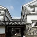 写真: 倉敷の白壁倉庫!130806