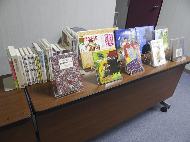 図書館ならではの受付@里庄町図書館@岡山県