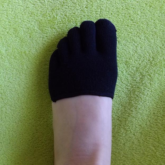 ハーフサイズの五本指靴下