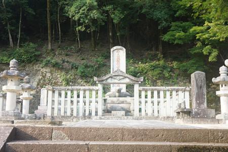 鳥取藩主池田家墓所 - 03