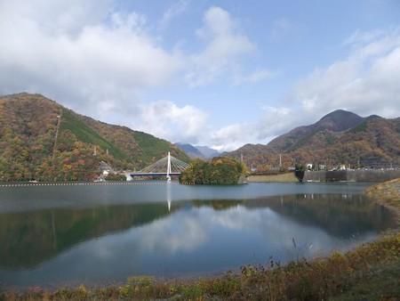 丹沢湖紅葉プロローグー1