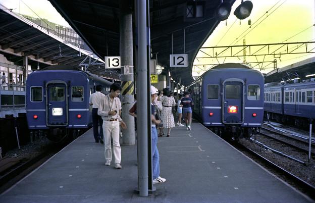 0054 「あさかぜ1号」・「出雲1号」の並びと横須賀線
