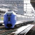 038 白石駅を通過する特急スーパー北斗