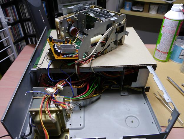 003s デッキ部の取り出し(基盤コネクターを外して)
