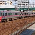 Photos: 急行電車