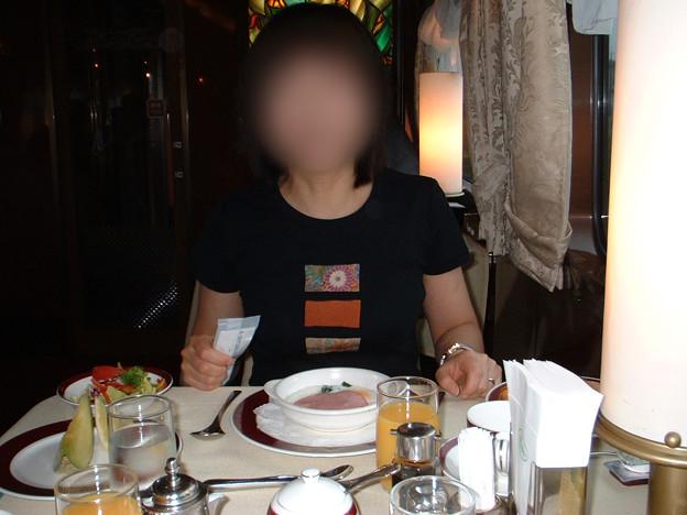 22 2003_6_24 トワイライトEXP(下り)洋朝食もなかなか豪華 メロン付!