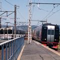 JR電車と名鉄電車のすれ違い(下地駅)