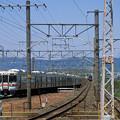 名鉄が下ると東海道線列車が上ります