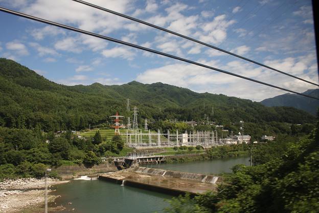 2008年8月〔04〕白馬旅行 車窓 関西電力須原発電所