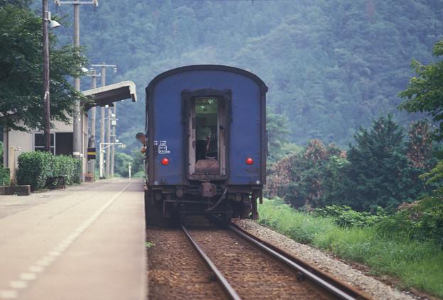 1986年8月山陰旅012 餘部 旧客普通列車(再スキャン)