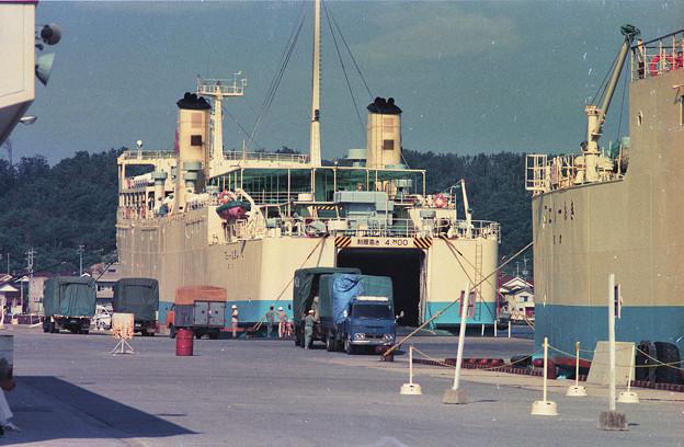 1986年8月山陰旅001ネガ 七類港(多分)