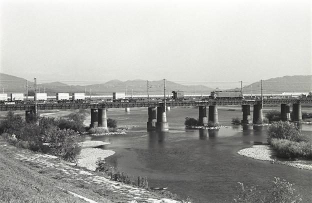 1986年頃 EF65貨物列車 コキ50000かな?