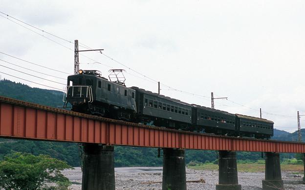Photos: レトロ列車(笹間渡橋梁)