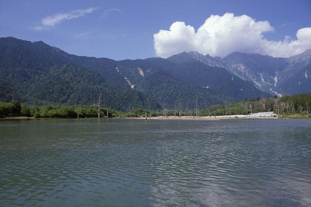 1985年8月(フジクローム100)大正池(上高地)