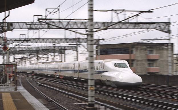 Photos: 【ネガ】上りのぞみ 三河安城にて