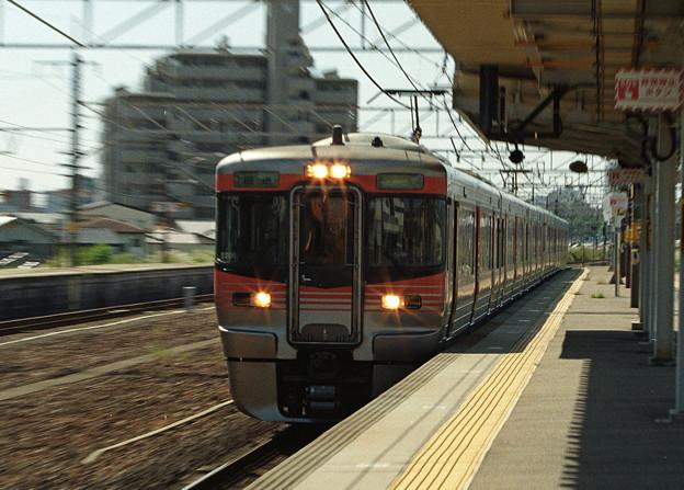 【ネガ】通過する回送電車