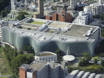 国立新美術館 (2012.9.15 森タワー52階にて)