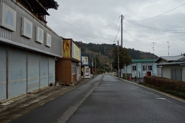 上総亀山駅DSC04490