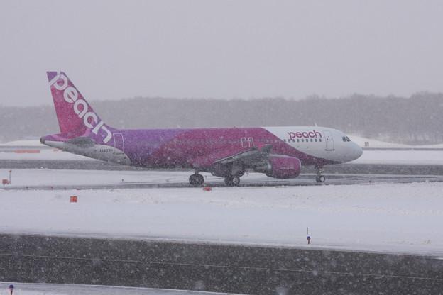 A320 JA807P MMcc13.129