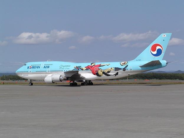 Photos: B747-400 HL7491  KAL [KE] 2002.7