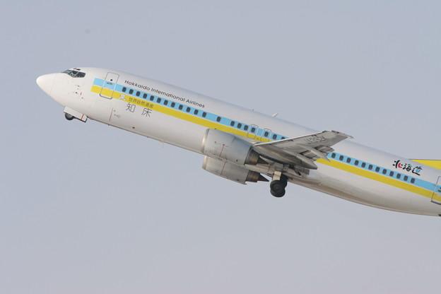 B737-400 JA392K ADO 知床 2008.01
