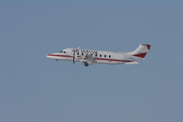 Beech 1900D JA016A AIR TRANSSE 2007.01