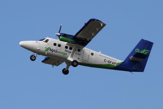 DHC-6-400 C-GFAP fromRJCC to RKPC 13.1002