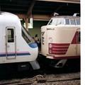 Photos: JR West, DMU, coupled with EMU