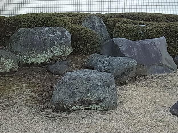 岩 0201 2