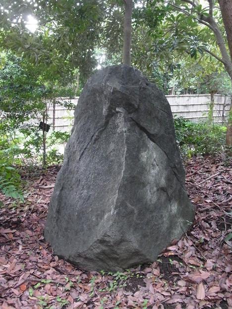 0906 岩 006