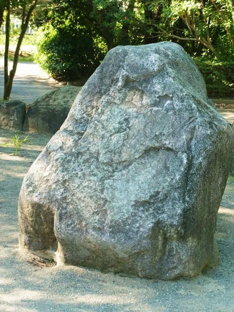 0918 岩 042