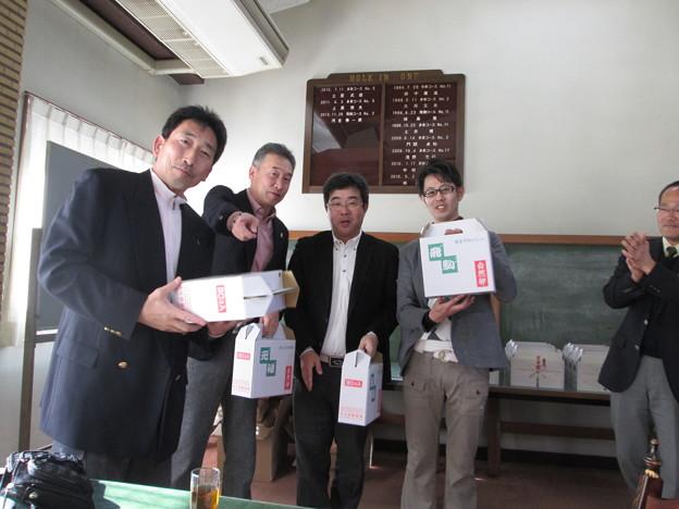 写真: チーム対抗戦コンペ見事優勝の3組目2014.3.23