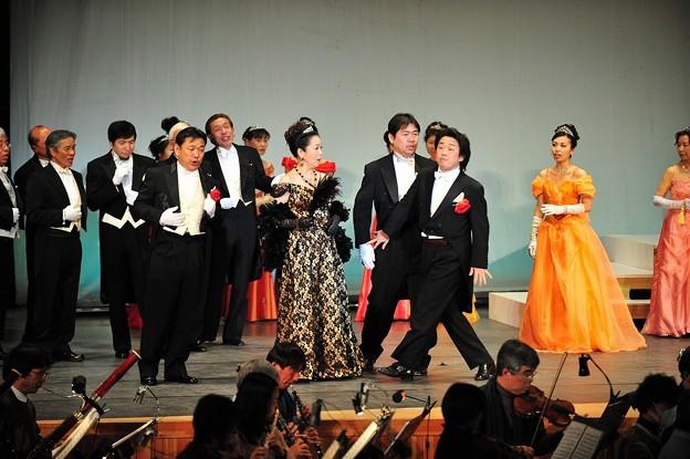 レハール 喜歌劇 メリーウィドウ ゲネプロ 軽井沢