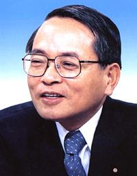 写真: 平沢勝栄さんは予算委員会所属