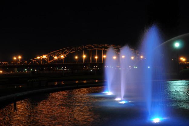 旭橋と噴水 2012年9月