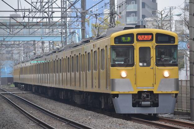 2067F+2403F 準急西武新宿行き