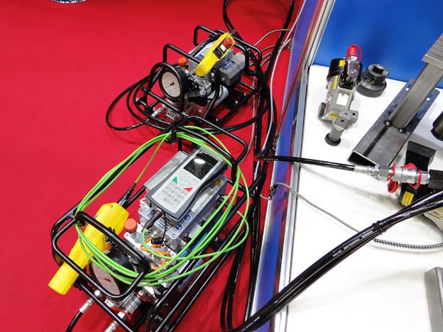 国際風力発電展・世界初IQ自動油圧ポンプ