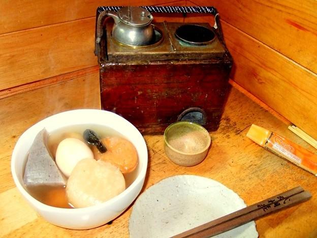 Photos: 燗銅壺 おでんと熱燗