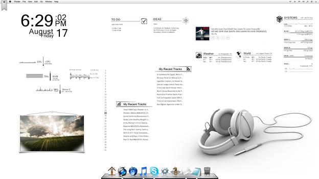 写真: simple desk top