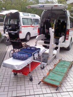 搬送用具など(鎌倉芸術館、9月9日)