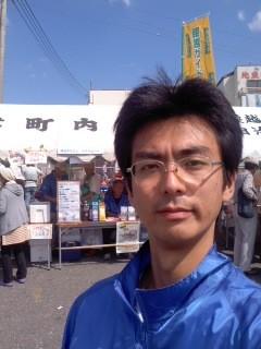 商売繁盛(9月29日、腰越まち懇・角田晶生)