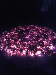 焚き火(1月1日、今泉不動尊)