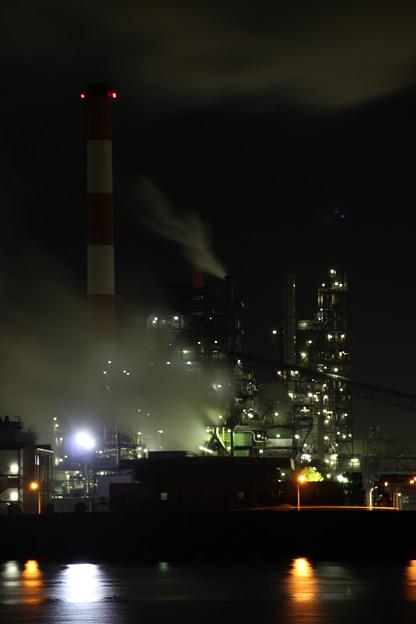 Photos: 夜の化成工場